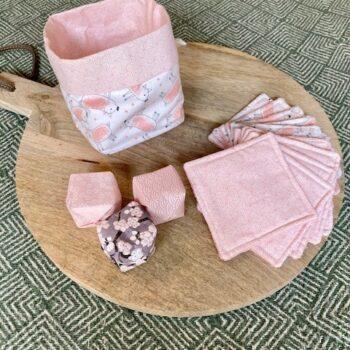 Lingettes lavables et panier – petits cochons